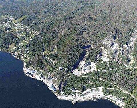 Deponi: På Raudsand i Nesset  – kjent for sin tidligere gruvevirksomhet – er det snakk om å sprenge ut flere titalls gigantiske fjellhaller for å etablere et nasjonalt anlegg for farlig uorganisk avfall.