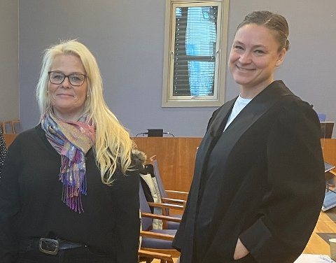 Kine Lorentzen (tv) og Marit Håvemoen  møtte representanter fra kommunen tidligere denne uken, i et forsøk på å unngå en ny rettsrunde.