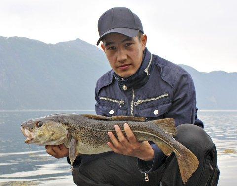 Vant i fjor: Afghanske Arash Heidary vant fiskekonkurransen i fjor med denne modden på 3,2 kilo.Arkiv