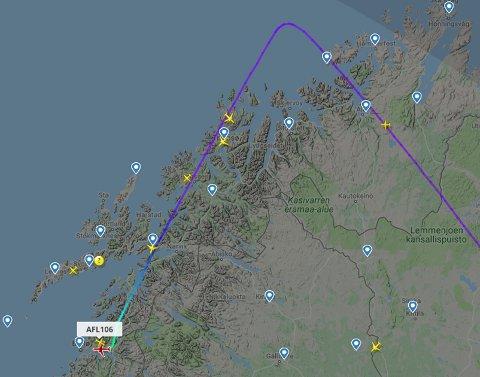 Vest for Hammerfest snudde den russiske flymaskinen nesen mot Bodø.