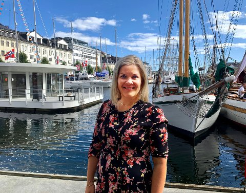 Stolt: Ordfører Aase Refsnes er stolt over hva  man har fått til på undervisningssektoren i kommunen hun er politisk leder for. Her er Refsnes fotografert under Arendalsuka.