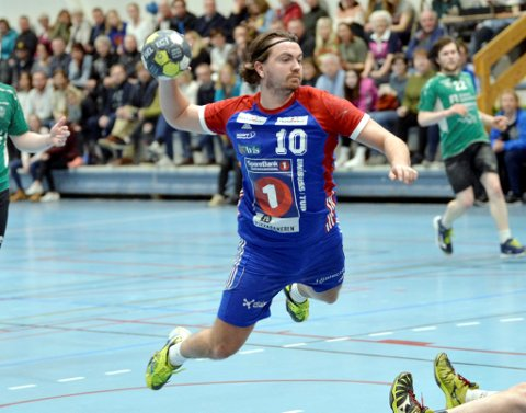 BEST: Simen Bø ble kåret til sitt lags beste spiller mot Skogn. En kamp Lillehammer Faaberg Håndball 09 vant med 45-25.