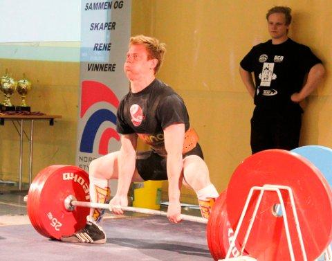 Hans-Erik Folkeseth vant NM-gull i styrkeløft.
