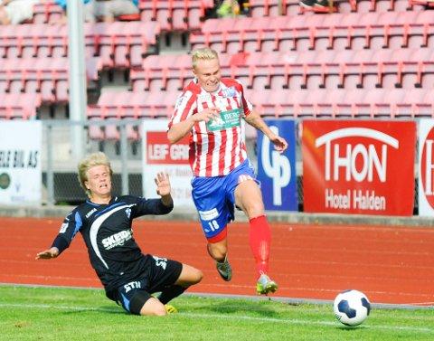 TILBAKE PÅ RØDSJORDET: Ole Strømsborg har skrevet under en ny kontrakt med Kvik Halden.