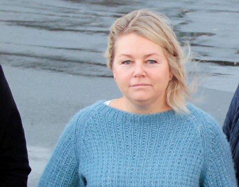 POLITISK SPILL:  Leder for foreldreutvalget på Åkra skole, Ranja Nordbø Johannessen, mener saken om grensejustering i skolekretsene er et politisk spill om å ikke bygge ny skole på Åkra i nærmeste framtid.