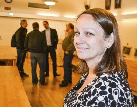 Fikk ROS: Else Marie Stuenæs fikk ros og applaus for jobben hun har gjort som saksbehandler. – Nå er det opp til politikerne, sier hun.