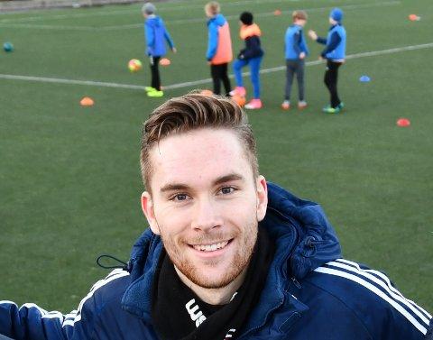 FOTBALLMANN: Rune Åsheim Mo har vore aktiv fotballspelar i mange år. No ønsker han å betra tilbodet til born og unge.