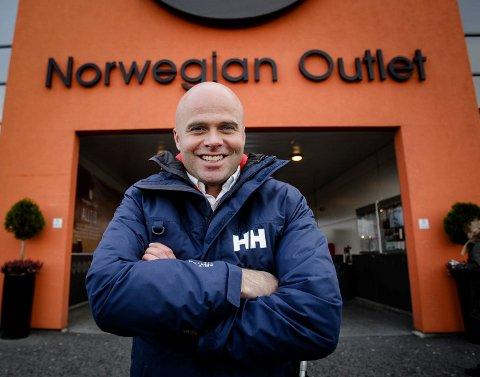 Ådne Søndrål og eierne av Norwegian Outlet kan kassere inn 1,1 milliarder kroner, skriver Finansavisen.