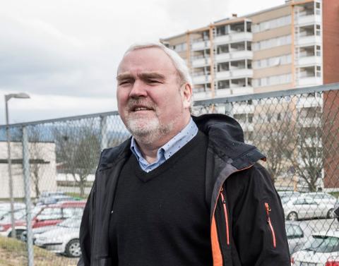 FÅR HENVENDELSER: Roar Bogerud, styreleder i Buskerud idrettskrets får nå for første gang henvendelser fra klubber og enkeltmedlemmer om pengegaloppen blant idrettstoppene. I januar blir dette tema på styremøte.