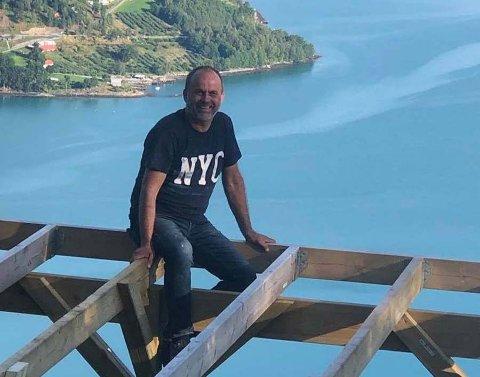 LUFTIG: Ketil Raaum satsar på å byggja og drifta Via Ferrata klatreløype i Luster.