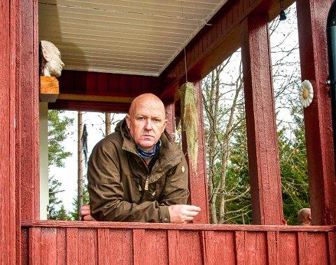 Ikke troverdig: Den erfarne eiendomsmegleren Marius Berger, som har spisskompetanse på salg av hytte- og fritidseiendommer i Indre Oslofjord, mener Nesodden kommune bommer totalt dersom de skiller ut stranden fra Sjøfraaden.