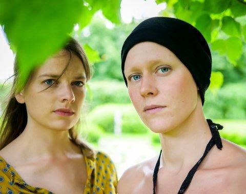 De to unge musikerne Anne Linn Vingelsgaard Schärer og Siri Snortheim har fått 100 000 kroner i stipend av Hedmark Fylkeskommune. Til høsten reiser de ut på turnè.
