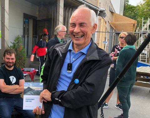 Kan smile: Filip Mikkelsen (64) smilte godt under valgkampen. Nå kan han glise enda bredere etter at både Høyre og Tysfjords vestside feide stort sett alt av politikere fra Hamarøy av banen under kommunevalget. Nå kan Mikkelsen også bli ordfører.
