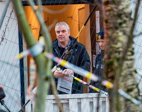 Kjetil Aarvik driver hospitset i Møllendalsveien. Her  fotografert da politiet drev undersøkelser på åstedet i januar i fjor.