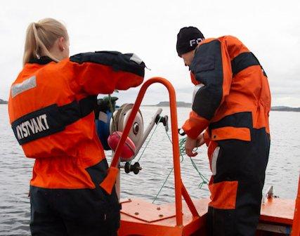 Patruljerer: Kystvakten patruljerte senest området utenfor Randaberg i slutten av forrige uke, og fant mye som bør tas tak i.