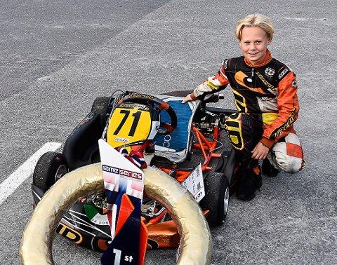 TALENTUTVIKLING: Oscar Biksrud i konkurranse på Le Mans-banen. Nå skal talentet til 13-åringen videreutvikles til verdenstoppen.