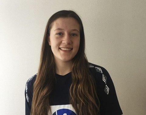 TILFREDS: Selma Henriksen fra Kråkerøy har den siste uken vært på treningsleir med jentelandslaget i Skien.
