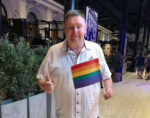 FANTASTISK: – Helt ærlig så synes jeg det er helt topp at Narvik får Pride-markering, sier Rune Edvardsen
