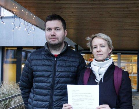 STORTINGET: Geir Pollestad og Ingrid Fiskaa har samarbeidd om fleire saker i Time-politikken, som her, då dei gjekk imot nedlegginga av ungdomsskuletrinnet på Undheim. Til hausten kjem truleg begge inn på Stortinget
