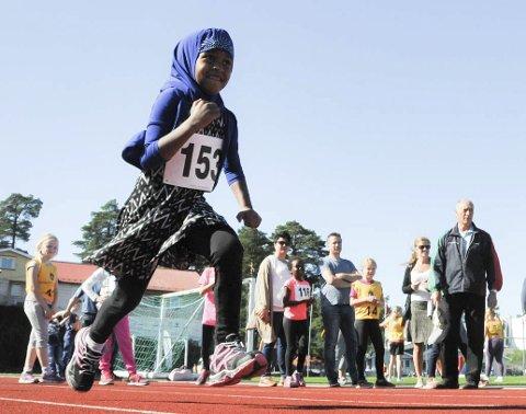 Full fart: Yusa Adam i full fart på 60-meteren under sparebanklekene.