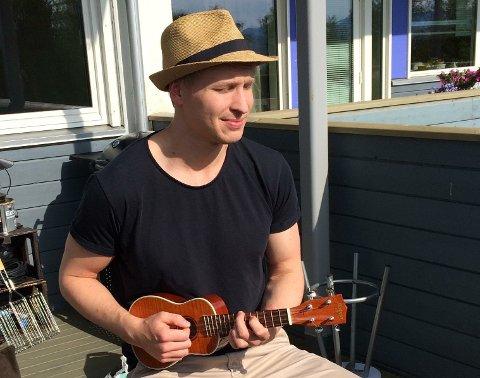 Morten Torbjørnrød jobber som saksbehandler i Eiendomsmegler1.