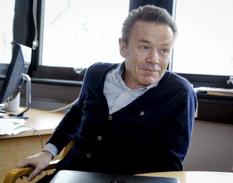 NAVN? Hva heter den første krimboka til Larkollen-forfatteren Erik Grønner?