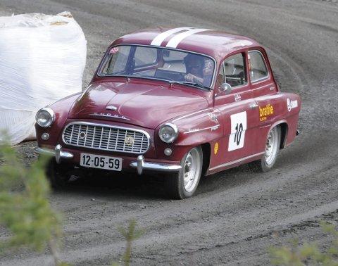VANT IGJEN: Tore H. Bratlie i sin Skodia Oktavia 59-modell.
