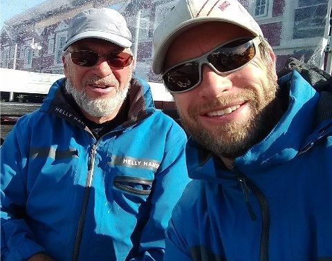 SEIER: Yngve (47) og pappa Asbjørn (72) Lønmo vant shorthanded-klassen for små båter i Hollænderseilasen 2018.