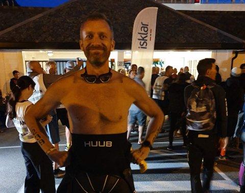 JAKTER ADRENALINKICKET: I august deltok ultraløper Einar Hagemann på sitt første triatlon. Kun en måned senere har han begitt seg ut på enda en ny utfordring; løpe alle frukttrærradene i Svelvik. – Noen av de jeg kjenner som har gjort tilsvarende sier de opplevde hallusinasjoner, forteller Hagemann kvelden før løpet.