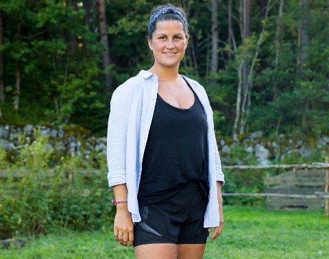 DELTAR: Sunniva Dortea Thorsen fra Tønsberg er spent på hvordan hun kommer til å framstå på tv-skjermen.