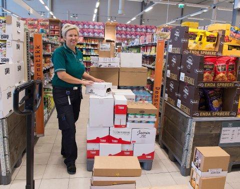 BEKLAGER: Daglig leder ved Coop Mega Raufoss, Elin Lønstad, har vært i kontakt med både kunden og Mattilsynet og forklart og beklaget.