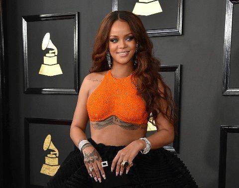 BADETØY: Det vakte oppsikt da Rihanna (her fra Grammy-utdelingen i februar 2017) i 2012 stilte i badedrakt fra det norske selskapet Porto Br International. Nå er selskapet for tredje gang begjært tvangsoppløst.