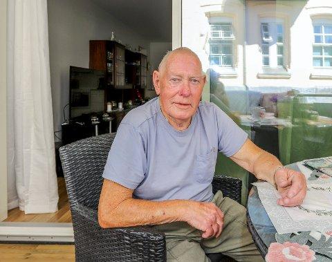 Ble kartleser: Øivind Johannessen på Seiersten måtte være kartleser for en drosjesjåfør som rotet voldsomt med for å finne veien til sykehuset.