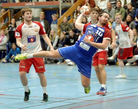 Simen Bø er klar for en ny sesong sammen med alle de sentrale spillerne fra årets lag.
