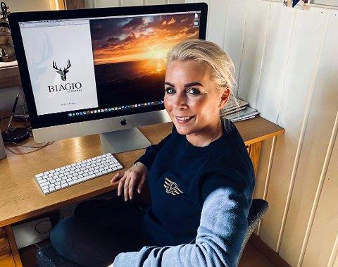 DÅRLIGE TIDER: Line Biagio Solvang jobber med en ny logo og var klar til å satse videre. Nå velger hun å holde en lav profil inntil samfunnet kommer i gjenge igjen.