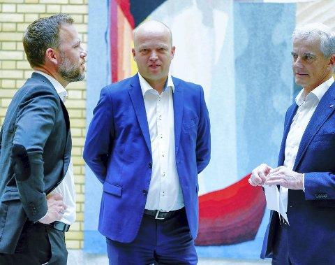 VALGINNSPURT: Ap-leder Jonas Gahr Støre, Sp-leder Trygve Slagsvold Vedum og SV-leder Audun Lysbakken har mye å tenke på før valget.