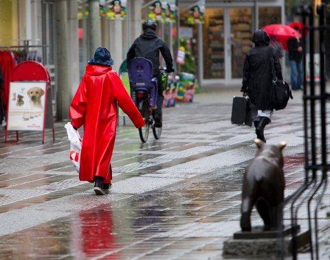 UVÆR: Finn fram paraply og regntøy før du drar på Sildajazz lørdag.