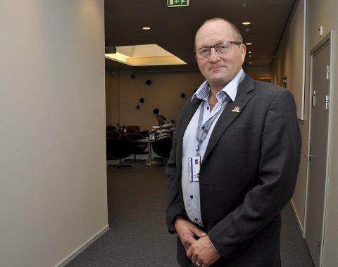 SNEGLEFART: Arthur Tørfoss fra Frp mener det har gått  i sneglefart i hans komite på Sametinget. Selv har han fått fornyet tillit fra velgerne.
