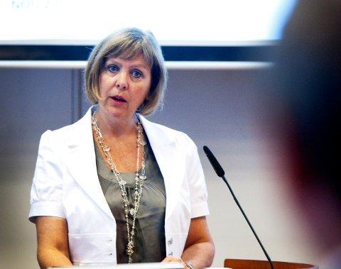 BEKREFTER RØMMING: Jorid Midtlyng, direktør i Kriminalomsorgen region nord, bekrefter at de har en innsatt som unnlot å møte til soning i april. Utover det ønsker hun ikke å kommentere saken.
