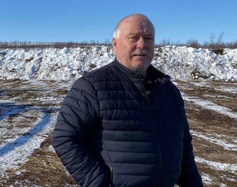 DROPPET LAKSEOPPDRETT:  Ordfører Hans Isak Olsen i Kautokeino.