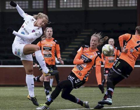 Lisa-Marie Karlseng Utland scoret da FC Rosengård imponerte i årets første hjemmekamp. Foto: Rosengård FC