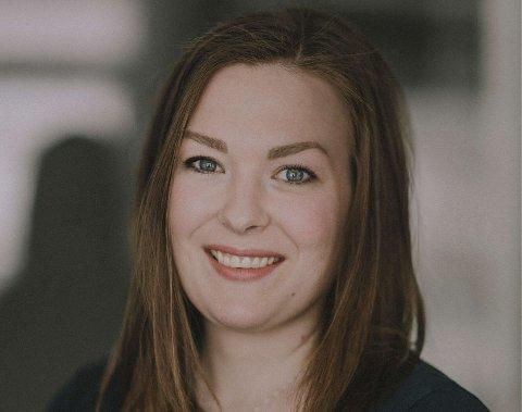 Tina Endresen begynner i jobb som designer i Helgeland Sparebank 1. juli.