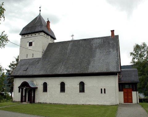 Lomen kyrkje.