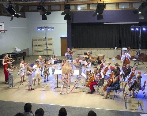 Samlested: Valdres sommersymfoni trekker i virusfrie tider vanligvis til seg hundrevis av unge klassiske utøvere fra hele Nord-Europa. Her fra en konsert med unge strykere i 2018.
