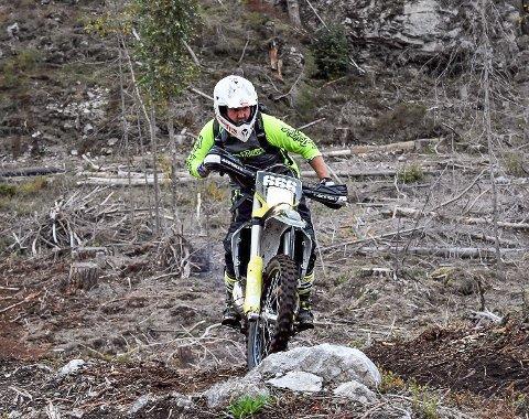 ROLIG: Til tross for kjøring og bruk av motocrossbanen, har det ikke kommet klager på støy.