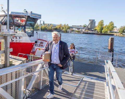 Fremskrittspartiets 2.-kandidat Bjørnar Laabak tilbrakte onsdagsettermiddagen på valgkampstand på Selbak. Han er nærmere stortingsplass enn han har vært tidligere i denne valgkampen, men det gjenstår fortsatt drøye 6.000 stemmer for en fast plass.