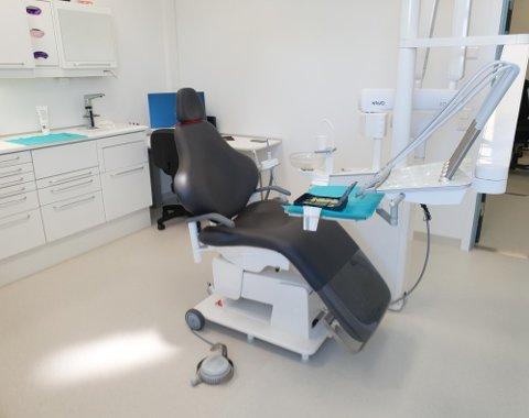 NYE KONTORER: Sentrum tannklinikk har flyttet inn på Nye Horten videregående og byttet navn til Lystlunden tannklinikk.