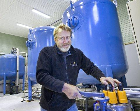 VISER SEG FRAM: Ole Th. Holth inviterer til åpen dag ved Juptjenn vannverk lørdag.