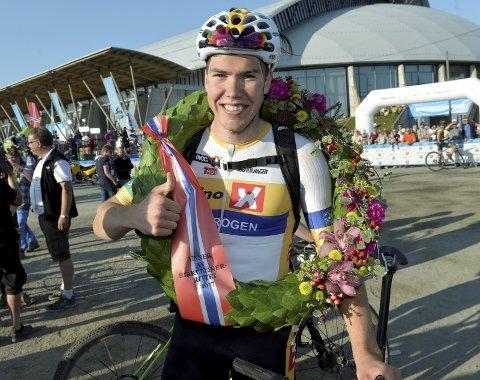 REPRISE: Erik Nordsæter Resell satte ny løyperekord i 2017 på tiden 2.28.20, og sikret seg seieren. I år kjører landeveissyklisten for en Birken-reprise. Foto: Kjell H. Vollan