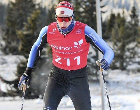 KJEMPEHELG: Det er ikke lett å hevde seg i norgescupen i langrenn for seniorer, og Jesper Abelsen Andreasen er fornøyd med 51. plass på 10km klassisk og en veldig god sprint.  Foto: Svein Halvor Moe